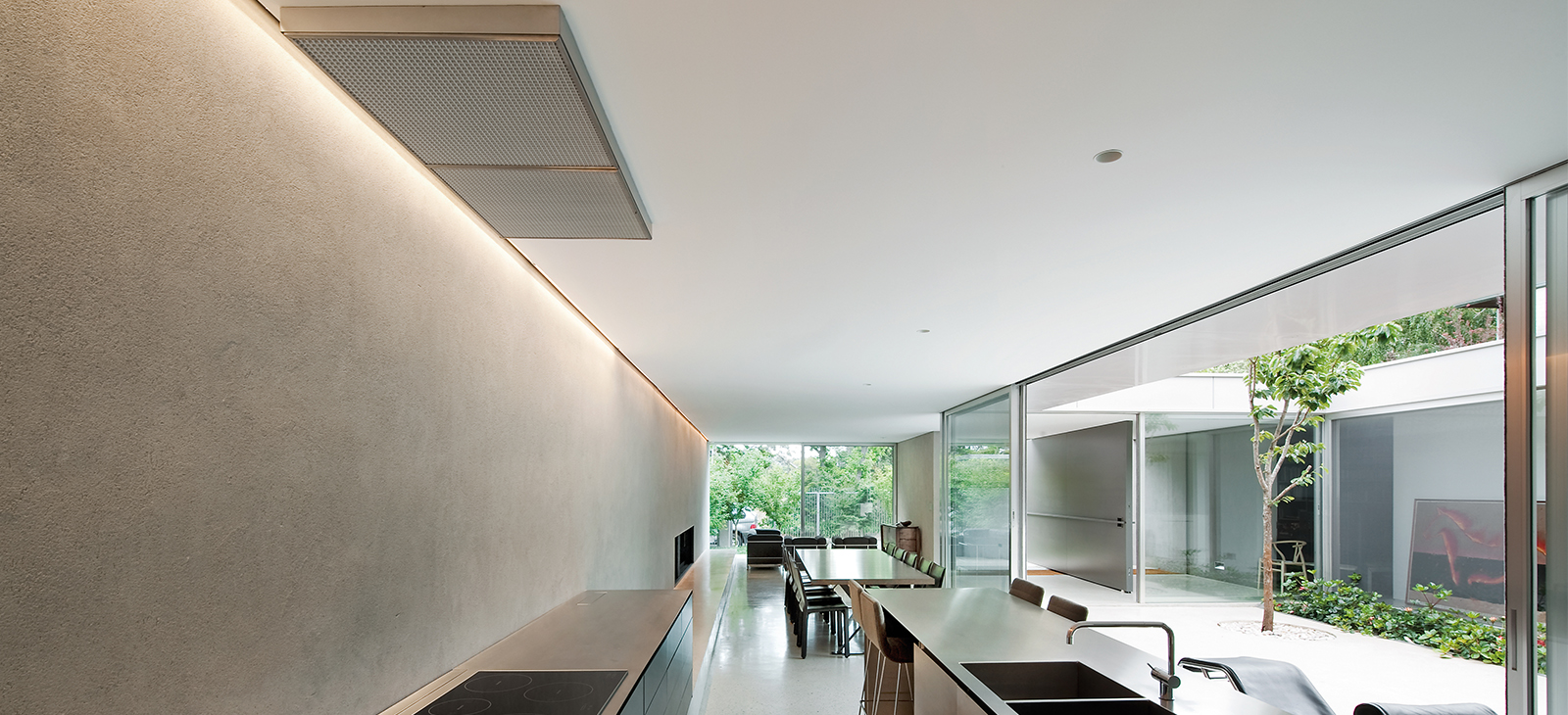 Qasair Rangehoods - Image courtesy Carr Design Group